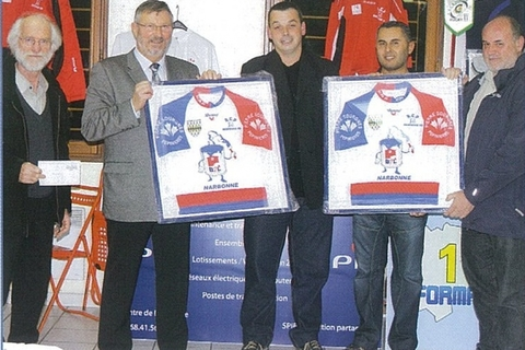 REMISE MAILLOTS RUGBY RCP.jpg